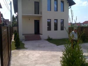 Vanzare Case / Vile Trivale Platou Pitesti GLX660711
