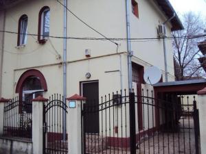 Vanzare Case / Vile Regie Bucuresti GLX310225