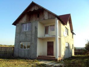 Vanzare Case / Vile Exterior Nord Targoviste GLX4009007