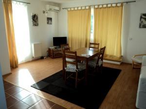 Inchiriere Apartamente Baneasa Bucuresti GLX1511105
