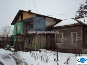 Casa aninoasa vanzare