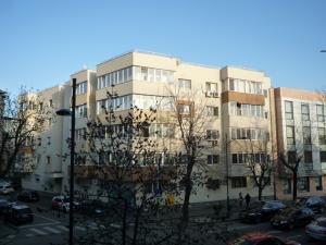 Apartament 4 camere dorobanti primaverii