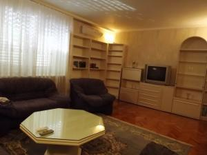 Apartament 5 camere dorobanti inchiriere
