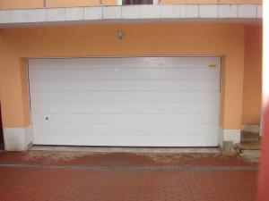 Poarta garaj automata
