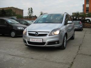 Opel zafira]