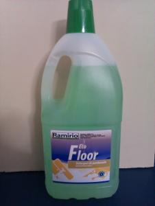 Detergenti concentrati pentru intretinere zilnica