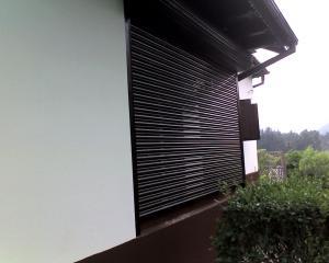 Rulouri exterioare din lemn