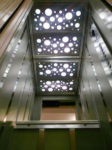 Evolution Gearless Elevators-GT1
