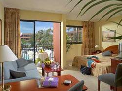 SEJUR TENERIFE 2008 Hotel LA SIESTA 4** * * / Playa de Las Americas rezervati acum si platiti cu 55 euro mai putin