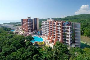 Vara 2010 Bulgaria Nisipurile de Aur Hotel Helios 5* / Mic dejun