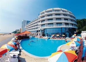 Revelion 2014 Bulgaria Nisipurile de Aur Hotel Berlin Golden Beach 4* - all inclusive
