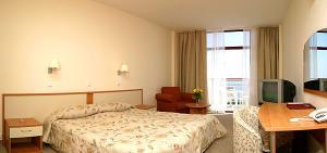 Vara 2010 Bulgaria Nisipurile de Aur Hotel Helios 4* / Mic dejun