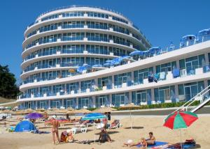 Vara 2010 Bulgaria Konstantin & Elena Hotel Sirius Beach 4* / All Inclusive