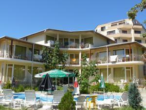 Vara 2010 Bulgaria Nisipurile de Aur/Chaika Zone - Hotel Evropa 3* / mic dejun