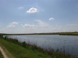 Teren langa lac
