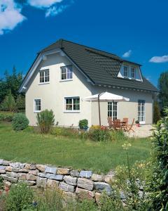 Casa din caramida.Landhaus 142
