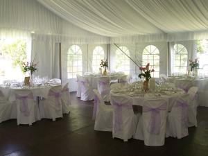 Huse scaune mese nunti